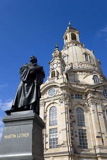 Germany, Saxony, Dresden, Church of our Lady and statue of Martin Luther - PSF00364