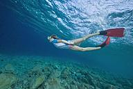 Croatia, Girl (6-7) snorkeling - GNF01169