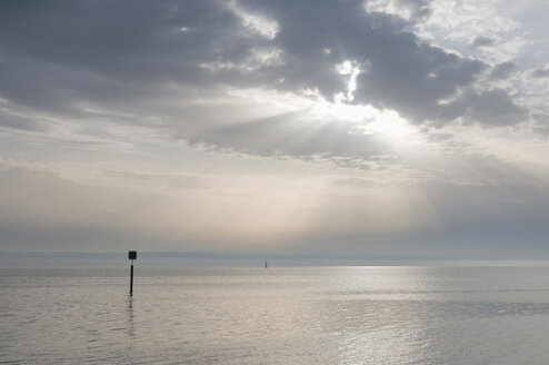Germany, Hagnau, Lake Constance in the evenings - SH00424