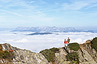 Austria, Steiermark, Reiteralm, Couple of hikers - HHF03140