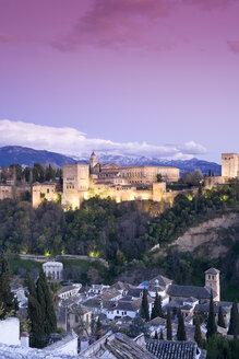 Spain, Granada, View over Alhambra, Sierra Nevada in background - MSF02299