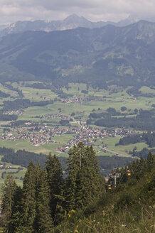 Germany, Allgaeu, Bavaria, View of fischen area - LFF00163