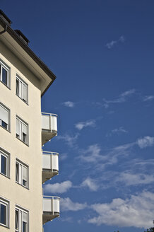 Germany, Bavaria, Munich, Facade of house against sky - LFF00160