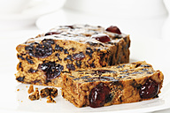 English fruitcake in plate on white background - 13241CS-U