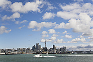 New Zealand, Auckland, North Island, View of city skyline - GWF001196
