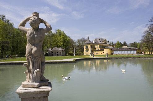 Austria, Salzburg, View of Schloss Hellbrunn palace garden - WWF001406