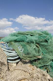 Italy, Sardinia, Cagliari, Fishing net - LRF000511