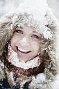 Austria, Altenmarkt, Young woman smiling, portrait - HHF003440
