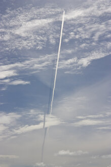 Denmark, Vrist, View of vapour trail with shadow on clouds - HKF000363