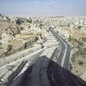 Jordan, Amman, View of cityscape with street - PM000829