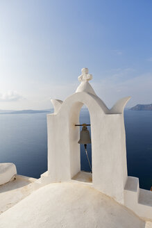 Europe, Greece, Aegean Sea, Cyclades, Thira, Santorini, Oia, View of bell tower in front of the Caldera - FOF002816