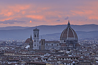 Italy, Tuscany, Florence, Palazzo Vecchio, View of Santa Maria del Fiore the dome of Florence at dusk - RUEF000566