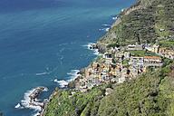 Italy, Cinque Terre, La Spezia Province, Riomaggiore, Liguria, View of traditional fishing village - RUEF000572