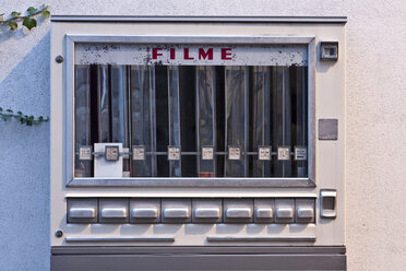 Germany, Old fashioned film automat, close up - WD000841