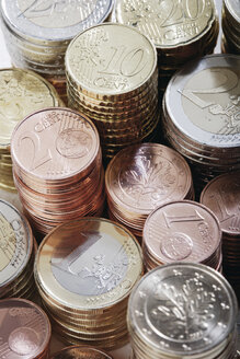 Stack of euro coins and cent, close up - WBF001000