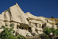 Turkey, Cappadocia, Goreme, View of cave dwelling in the valley - PSF000514