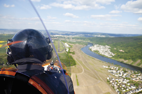 Europe, Germany, Rhineland-Palatinate, Koblenz, View of landing approach of gyrocopter - CS015058