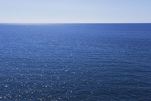 Italy, Liguria, View of Mediteranean Sea - GWF001547