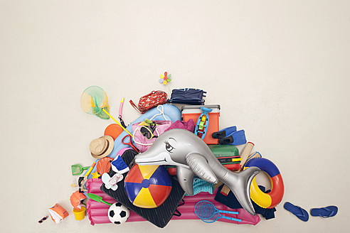 Germany, Artificial scene with heap of beach toys - BAEF000314