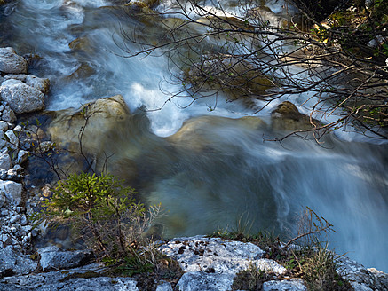 Europe, Slowenia, Bovec, View of river in triglav national park - BSCF000109