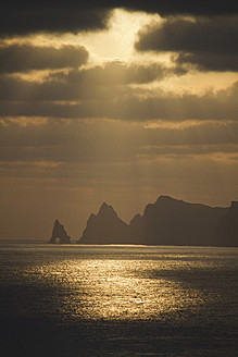 Portugal, Madeira, View of sea at sunset - FFF001236