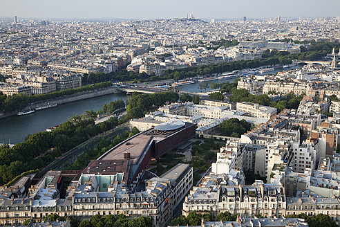 France, Paris, View of cityscape with River Seine - NDF000201