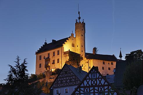 Germany, Bavaria, Franconia, Franconian Switzerland, View of Goessweinstein castle at night - SIEF001990