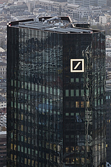 Germany, Frankfurt, View of Deutsche Bank with city - FO003760