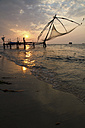 India, Kerala, Kochi, View of chinese fishing net at Fort Cochin - MBEF000238