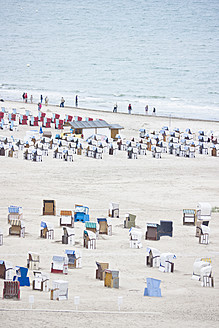 Germany, Rostock, People on beach - LF000312