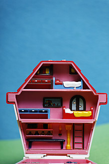 Germany, Doll house, close up - ANB000023