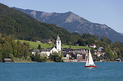 Austria, St. Wolfgang, View of town - WWF002001