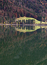 Austria, Salzburg, View of Hintersee Lake during autumn - WWF002205