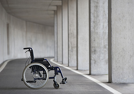 Austria, Empty wheelchair at Subway - WWF002031