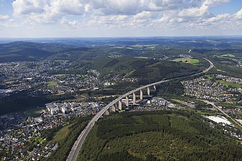Europe, Germany, North Rhine Westphalia, Siegen,  View of Siegtal Bridge - CS015861
