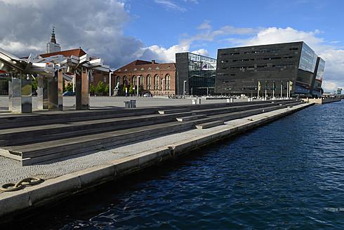 Denmark, Copenhagen, Royal Library with old buildings - ES000140