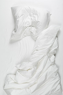 Messy bed in morning - CRF002164