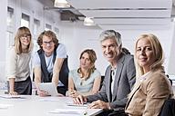 Germany, Bavaria, Munich, Men and women in office, portrait - RBYF000078
