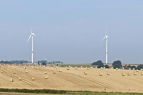 Germany, Saxony, View of wind turbine - MJF000034