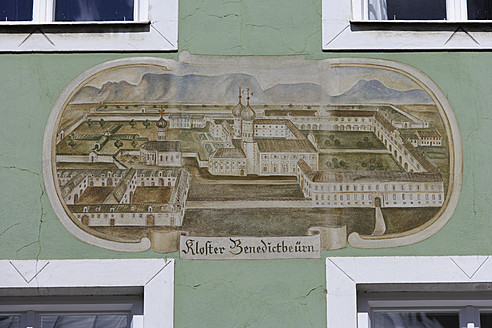 Germany, Bavaria, Facade painting on building at Bad Toelz - TC002486
