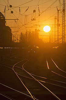 Germany, Bavaria, Munich, View of main station at sunset - LFF000440