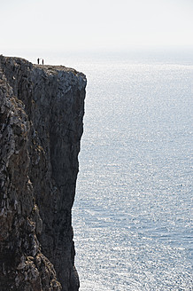 Portugal, People on cliff - MIRF000505