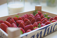Germany, Saxony, Box of strawberries, close up - MJF000041