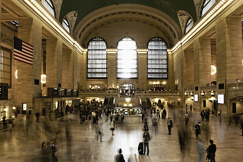 USA, New York, View of Grand Central Station - TL000679