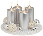 Advent wreath in silver on white background, close up - WBF001585