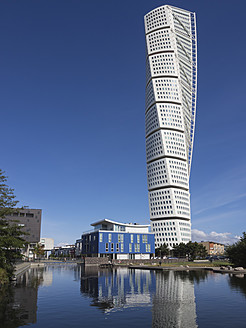 Sweden, View of Turning Torso building - HHEF000021