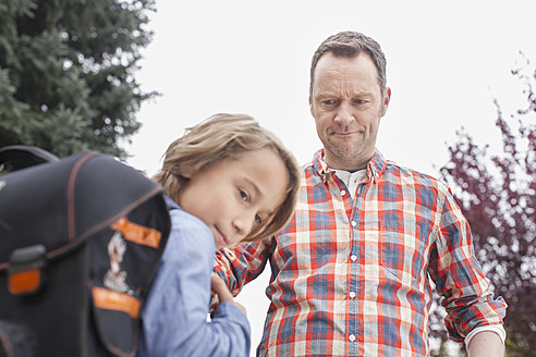 Germany, Leipzig, Father angry with son while going school - BMF000611
