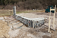 Europe, Germany, Rhineland Palatinate, Retaining wall for house building - CSF015993