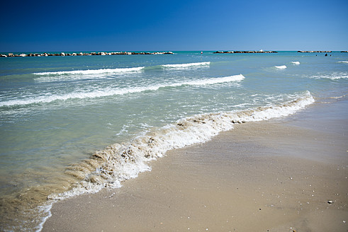 Italy, View of beach - KAF000039