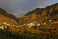 Spain, La Gomera, View of Vizcaina village - SIEF003145